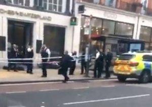 Oxford Street'te gün ortasında soygun!