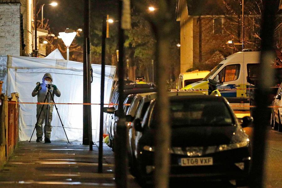 Tottenham'da 17 yaşında bir kız öldürüldü
