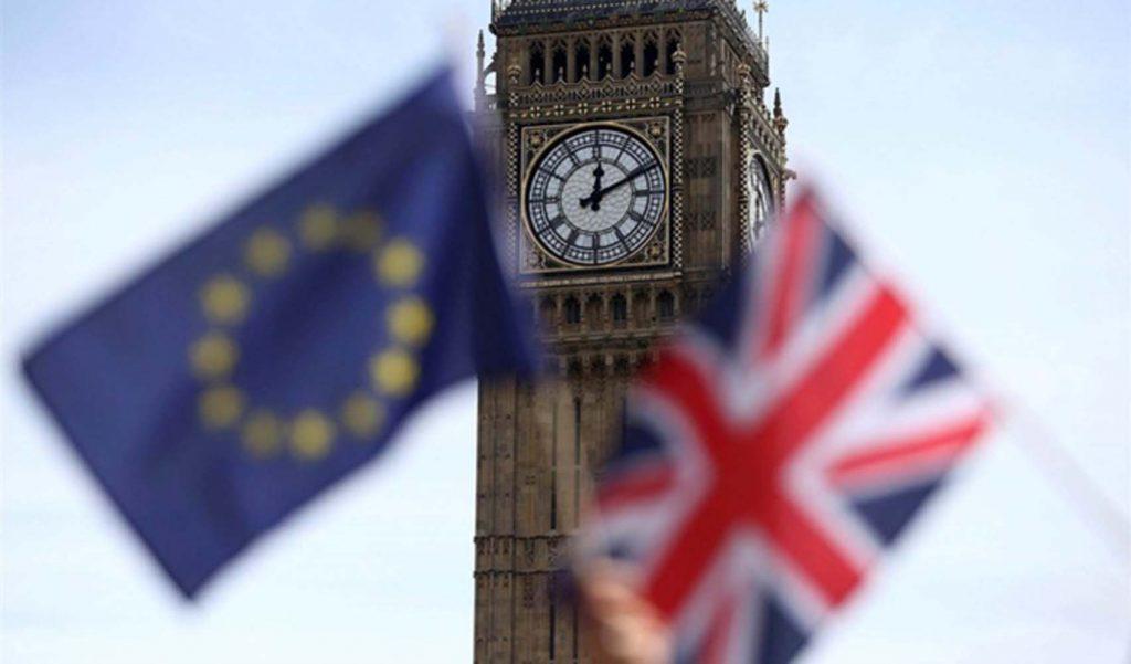 İngiltere, Gümrük Birliği'nde kalacak