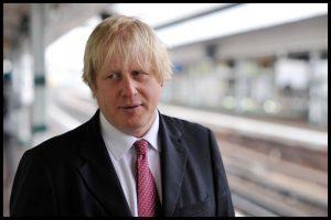 Dışişleri Bakanı Johnson'ı işlettiler