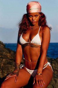 Jartiyerli Rihanna sosyal medyayı salladı