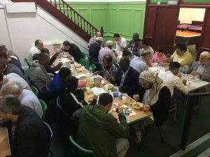 New Peckham Cami'nde İftar