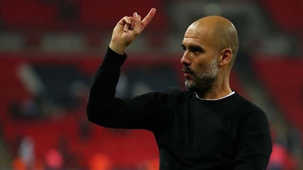 İngiltere'de sezonun menajeri Guardiola
