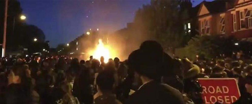 Londra'da patlama: 30'a yakın kişi yaralandı