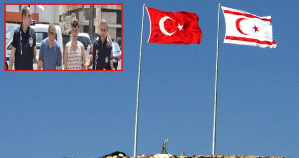 İki Türk bayrağını indirmeye çalıştılar