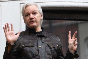 Assange için alınan güvenlik normale dönüyor