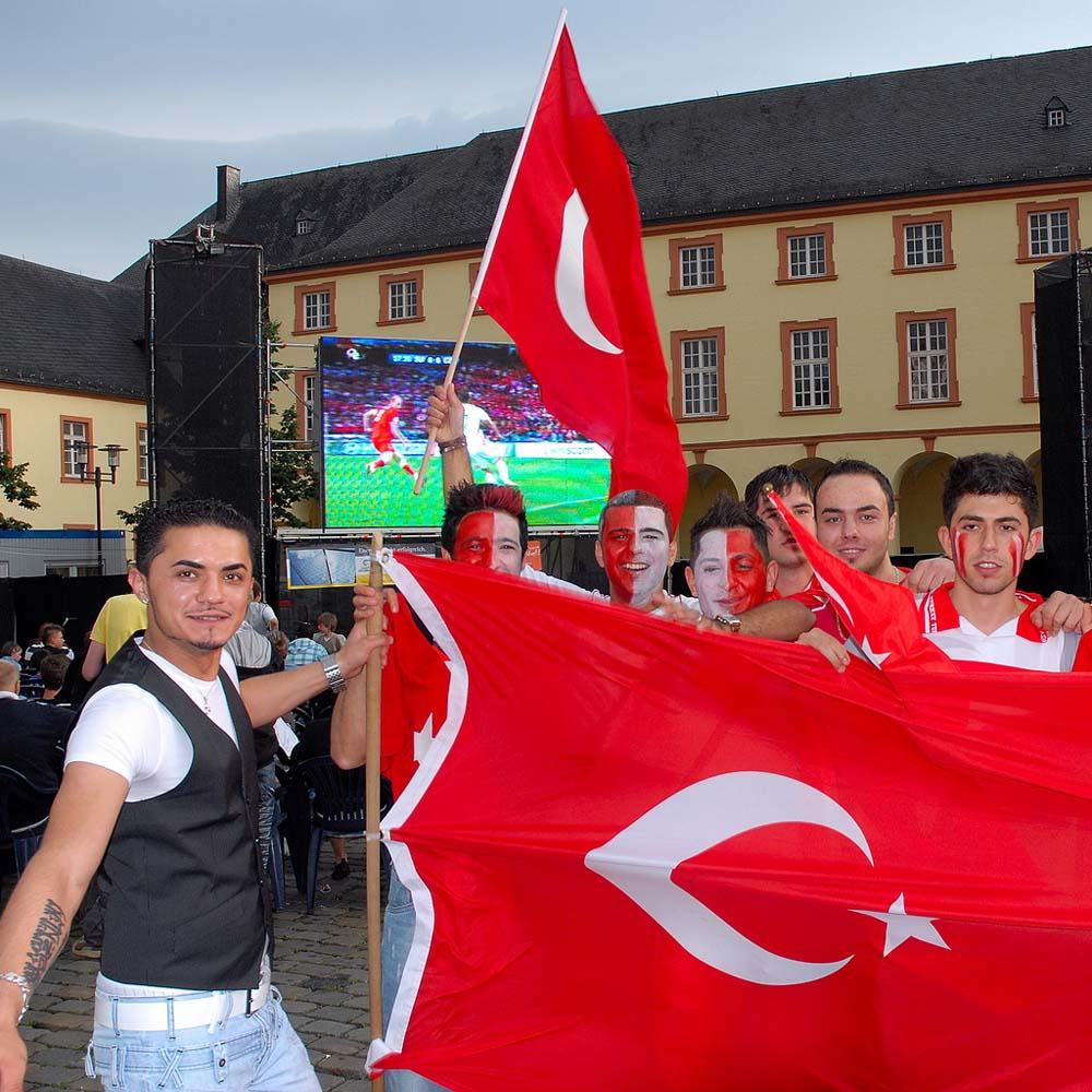 Futbola ilgide Türkiye dünya üçüncüsü