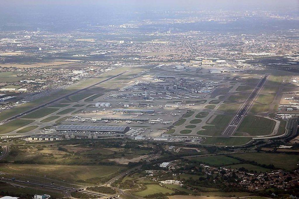 Heathrow Havalimanı'na yeni pist onayı