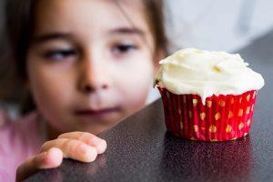 Çocuklara için verilen yiyecekler 'yeme bozukluğuna yol açabilir'