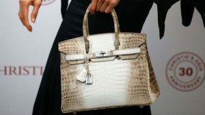 İkinci el çanta açık artırmada 217 bin dolara satıldı