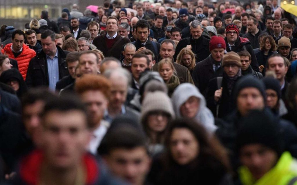 Wage growth shrinks although unemployment fall