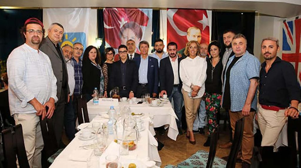 Good Party supporters organısed an iftar meal