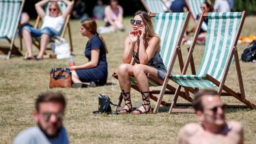 İngiltere'de aşırı sıcaklardan 'her yıl 7 bin kişi ölebilir'