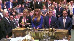 Government defeats EU customs union bid