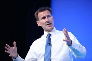 Yeni Dışişleri Bakanı Jeremy Hunt oldu