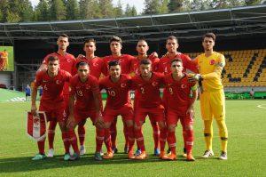 Türkiye, İngiltere'ye 3-2 kaybetti