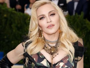 Madonna'ya şok taciz suçlaması