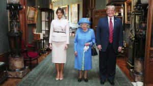 Trump'ı Kraliçe'yle yalnız bıraktılar