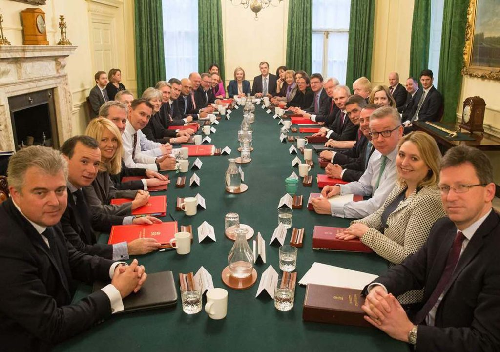 Theresa May meets new cabinet amid Brexit crisis