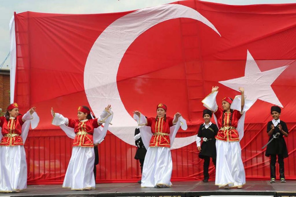 West Londoners meet at the Turkish festival