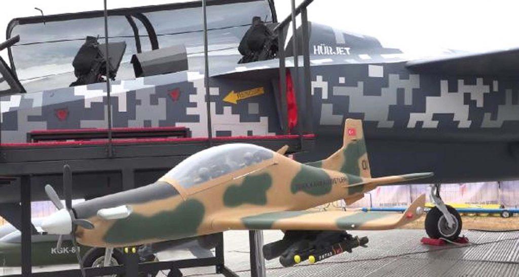 Türkiye'nin milli uçağı 'Hürjet' Londra'da sergilendi