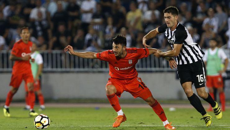 Beşiktaş, Sırbistan'dan avantajlı döndü: 1-1