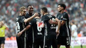 Beşiktaş, play-off'u da geçti