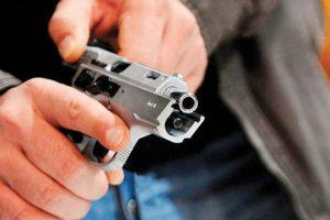 Peckham'da hırsızlar polise ateş açtı