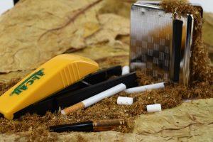 İngiliz vatandaşlarından Güney Kıbrıs'a kaçak tütün geçirme girişimi
