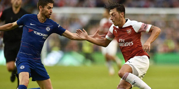 Arsenal, Chelsea'yi devirdi!