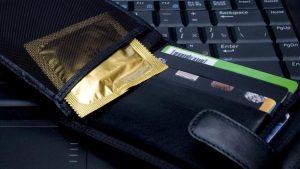 Prezervatifleri cüzdanda taşıyanlar dikkat…