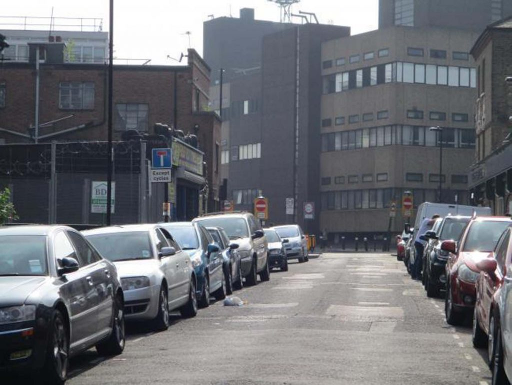 Haringey Council warns on parking permits