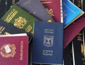Heathrow'da 2.5 saat pasaport kuyruğu