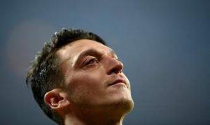 """Arsenal, Mesut Özil'i göndermeli"""