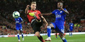 Manchester United üç puanla başladı