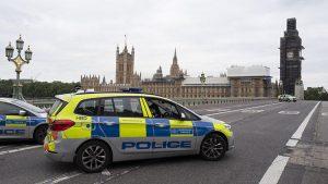 İngiltere polisi kırmızı alarmda… 3 adrese baskın yapıldı!