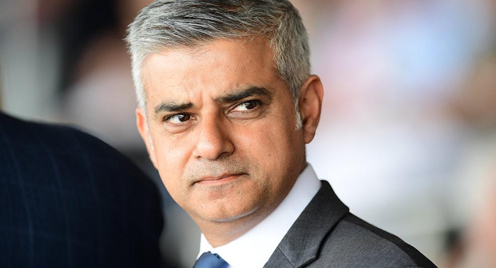 """Khan'dan hükümete çağrı: """"İslam karşıtlığının tanımı değişsin"""""""