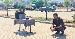 Londra'dan çıktı, Avrupa'yı gezdi, Türkiye'de evini yürüttüler