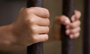 İngiltere'de çocuk tutuklu sayısı, üçte iki oranında düştü