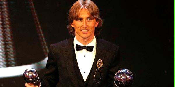 FIFA 'Yılın En İyi Erkek Futbolcusu Ödülü'nü Modric kazandı