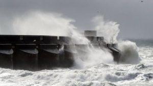 İngiltere'de fırtına uyarısı! Hayati tehlikeye neden olabilir…