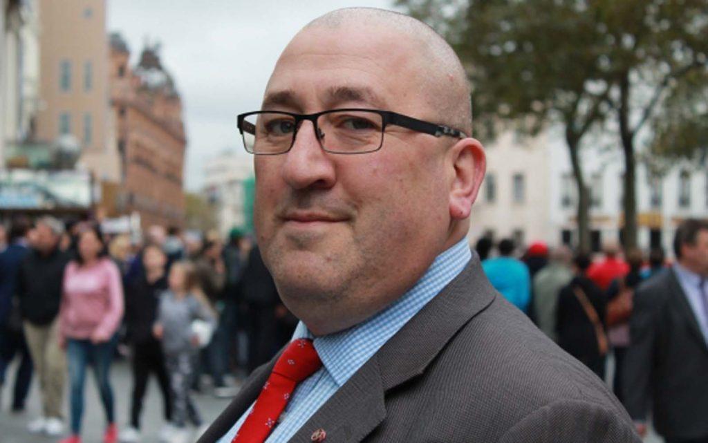 'Attack' on Met officers in Hackney McDonald's