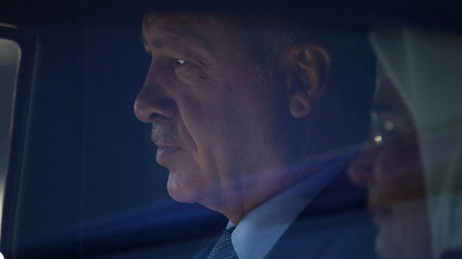 Financial Times yazarı: Türkiye'yi zor seçimler bekliyor