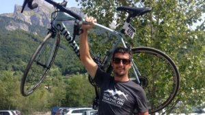 Bir avcı dağ bisikletçisini kaza kurşunuyla öldürdü