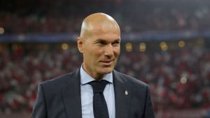 Manchester United'da Zinedine Zidane sesleri!