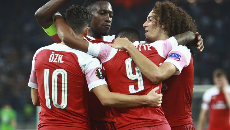 Arsenal, Karabağ'ı rahat geçti
