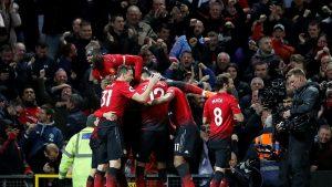 Manchester United'dan müthiş geri dönüş: 3-2
