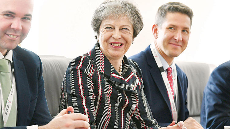 May: Brexit yüzde 95 tamam