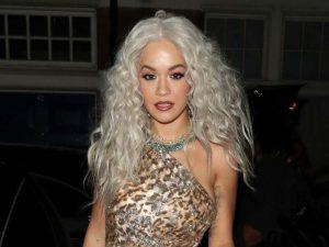 Rita Ora Londra'da objektiflere yakalandı