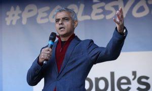 Londra Belediye Başkanı'ndan Brexit ertelenebilir uyarısı